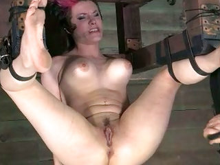 Poor bounded woman bounded upside demoralize procceding pussy eating torture